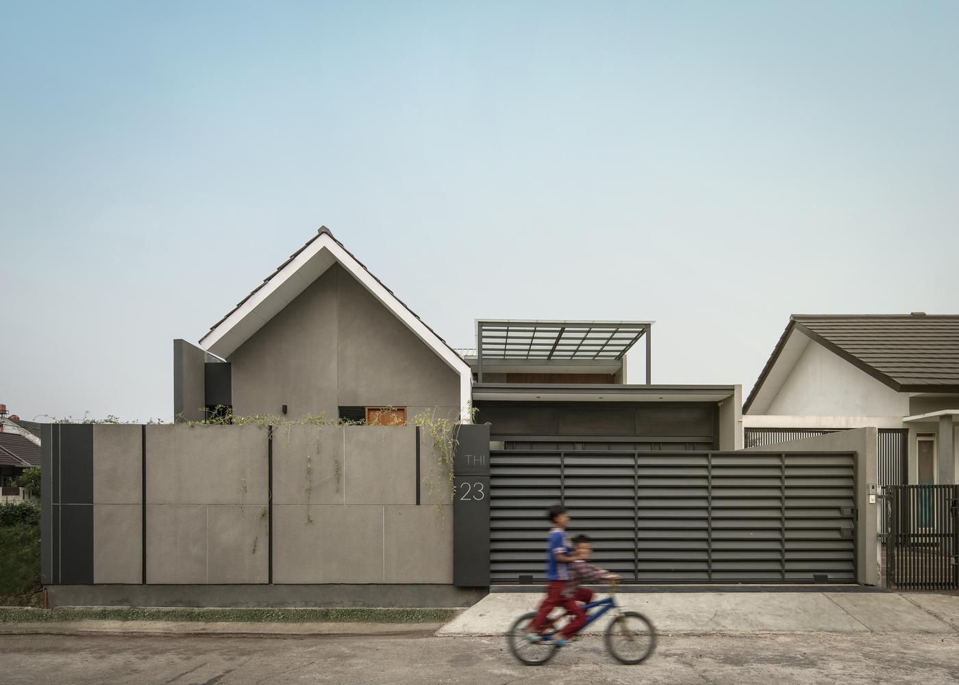 Arsitektur Rumah Industrial Minimalis ala RuangRona yang Tampil Chic dan Elegan | Foto artikel Arsitag