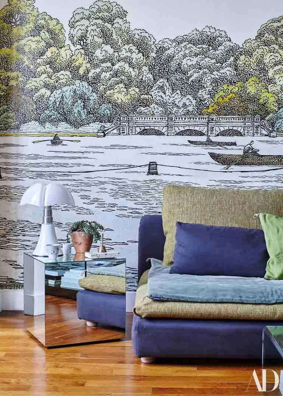 Lukisan mural akan memberikan sentuhan berbeda ke ruangan Anda // architecturaldigest.com