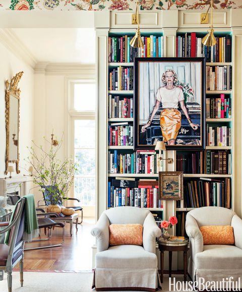 Rak sebagai tempat buku sekaligus dekorasi ruangan // housebeautiful.com