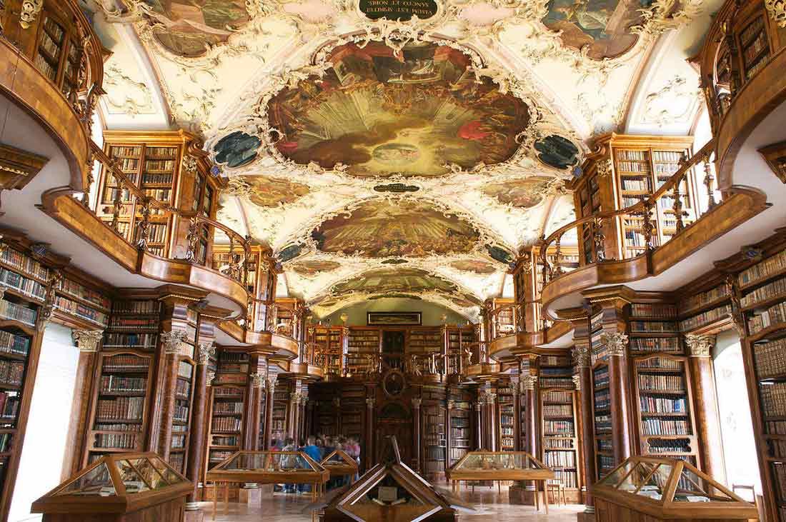 Perpustakaan megah di Swiss, Abbey Library of Saint Gall // bluesyemre.com