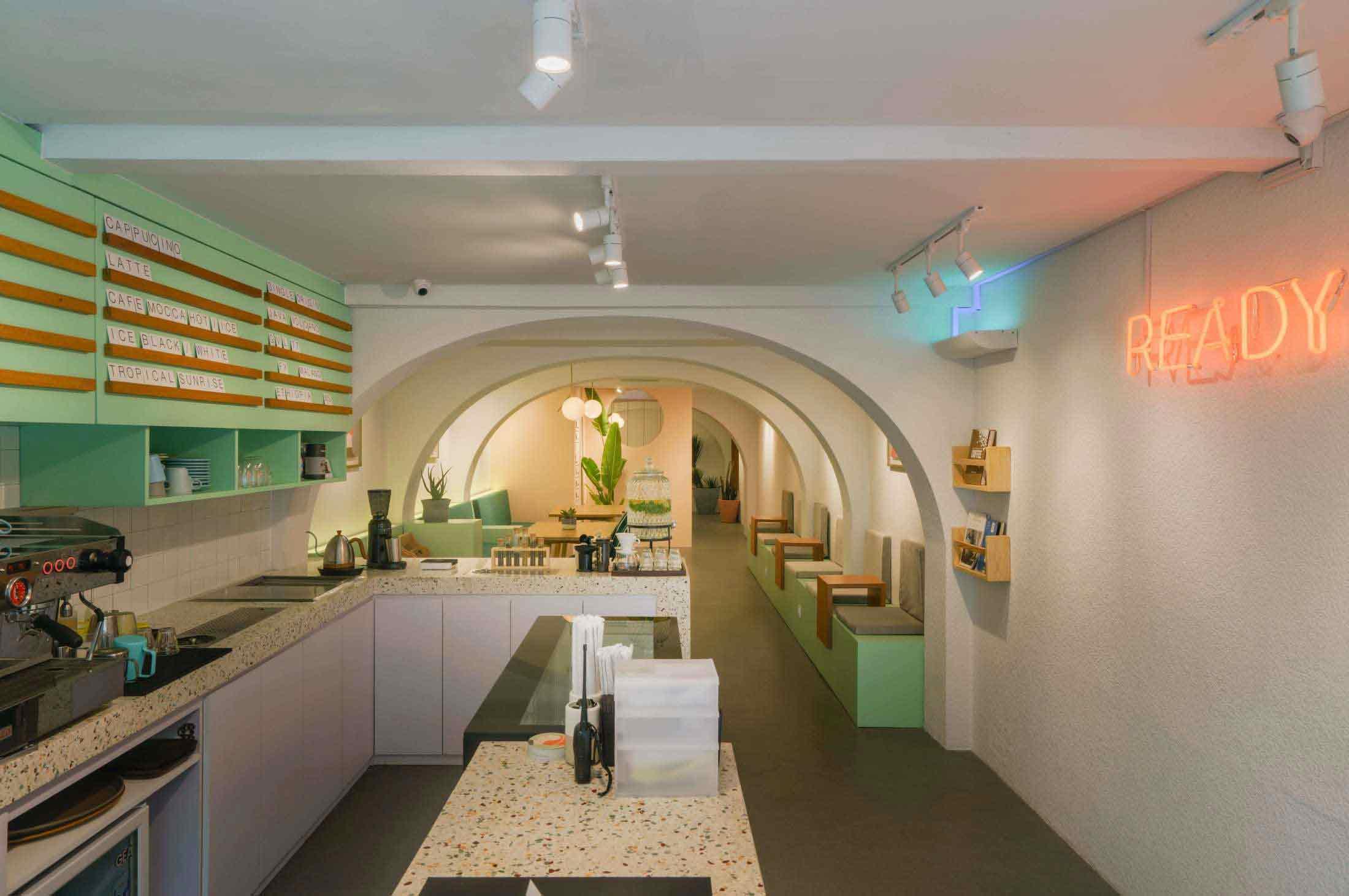 Desain Coffee Shop Kekinian Super Imut dan Instagrammable Karya Interra   Foto artikel Arsitag