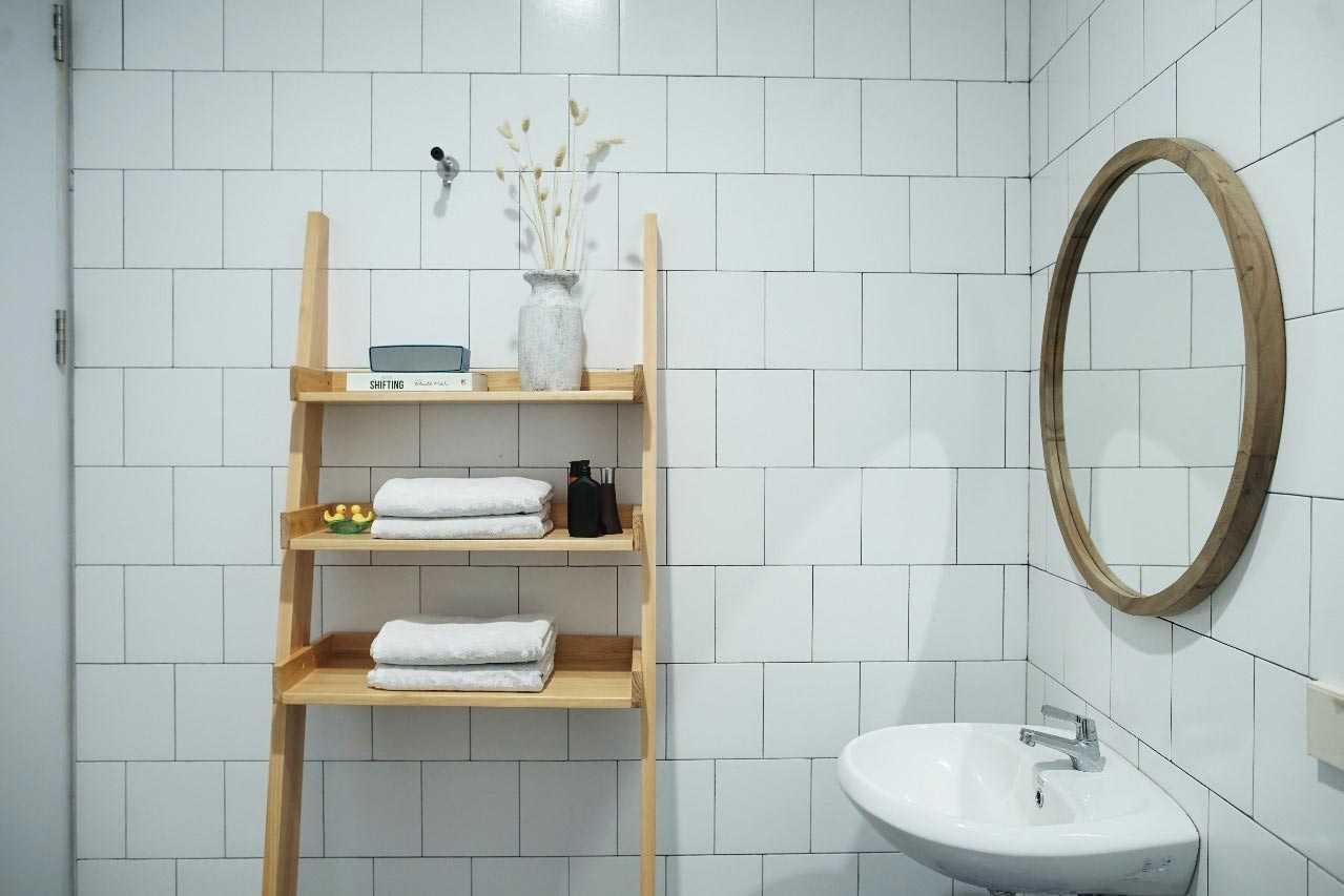 Kamar mandi Rumah Sewon // arsitag.com