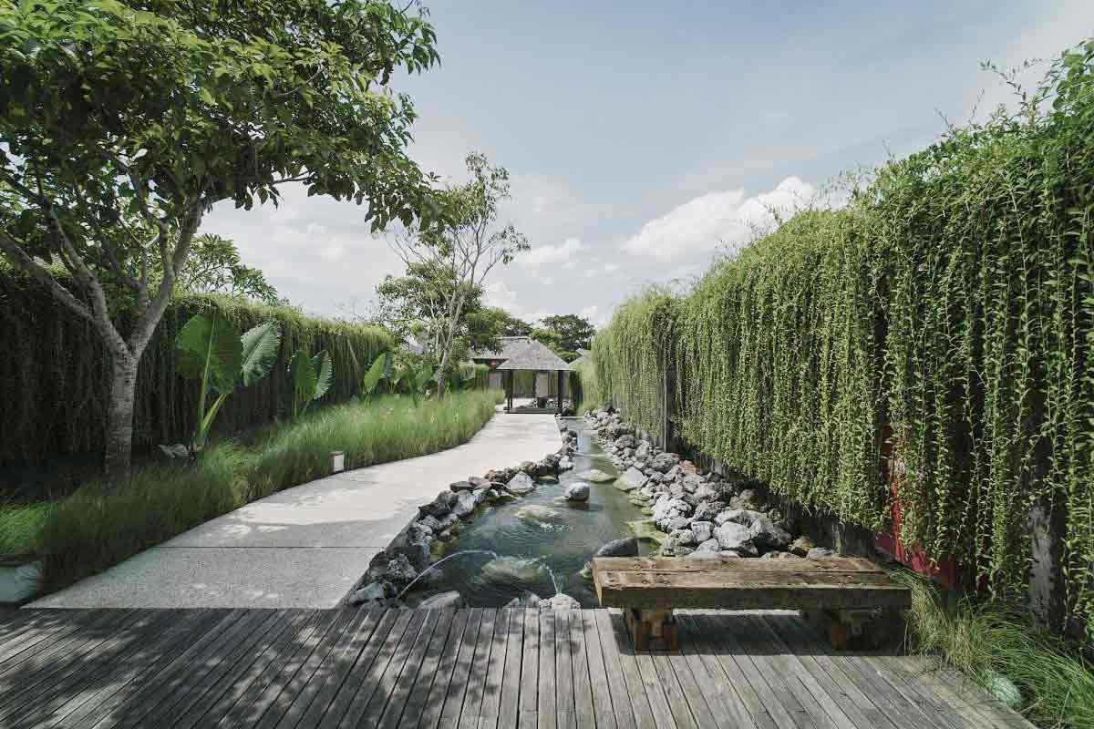 Pentingnya Menggunakan Jasa Arsitek Lanskap untuk Mendesain Taman Impian   Foto artikel Arsitag