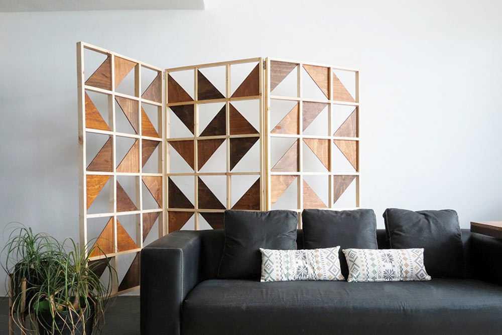 Folding divider dengan hiasan karya AMARYLLIS // ohohdeco.com