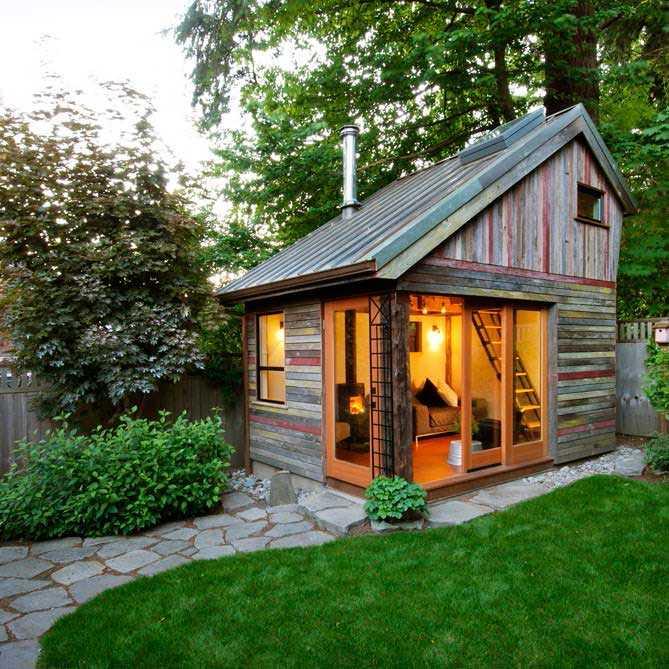 Paviliun mini di taman yang bisa dijadikan ruang kerja unik // treehugger.com