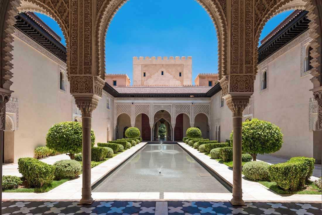 Taman Maroko nan megah karya Ksar Char Bagh // gardenista.com