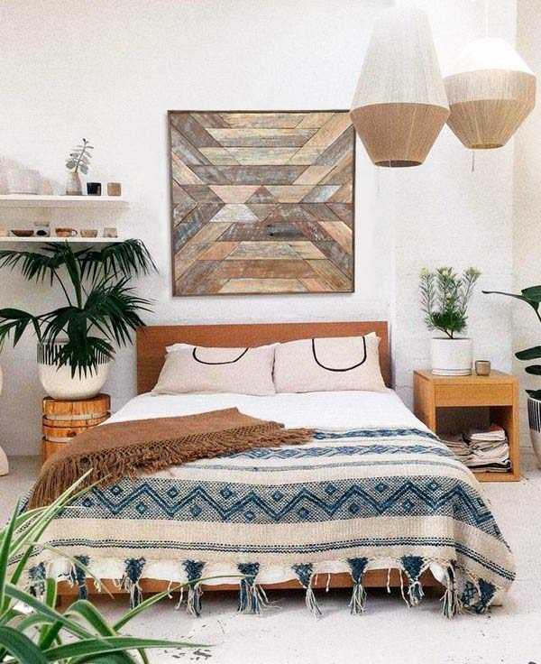 Hiasan dinding dari permainan material kayu // etsy.com