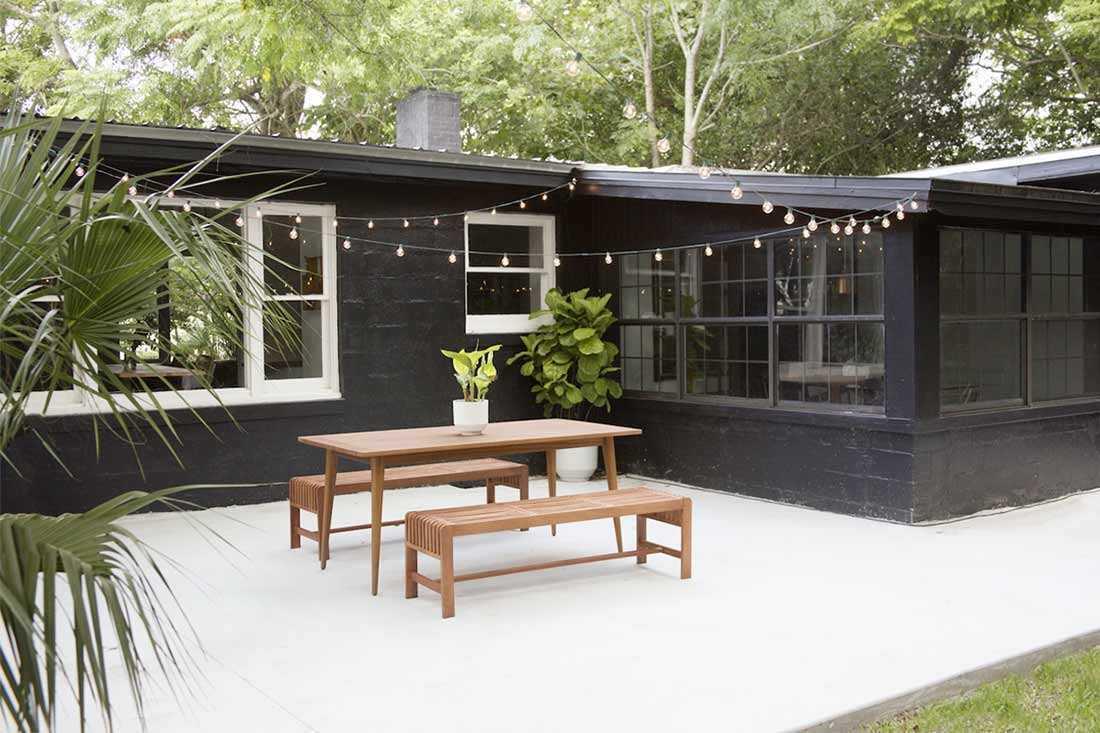 Patio taman karya Yeild Design // gardenista.com