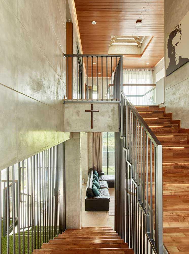 Tangga industrial minimalis // Archdaily.com