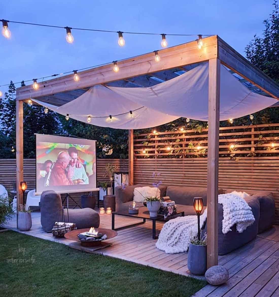 Bioskop di patio yang cantik // l-2-design.com