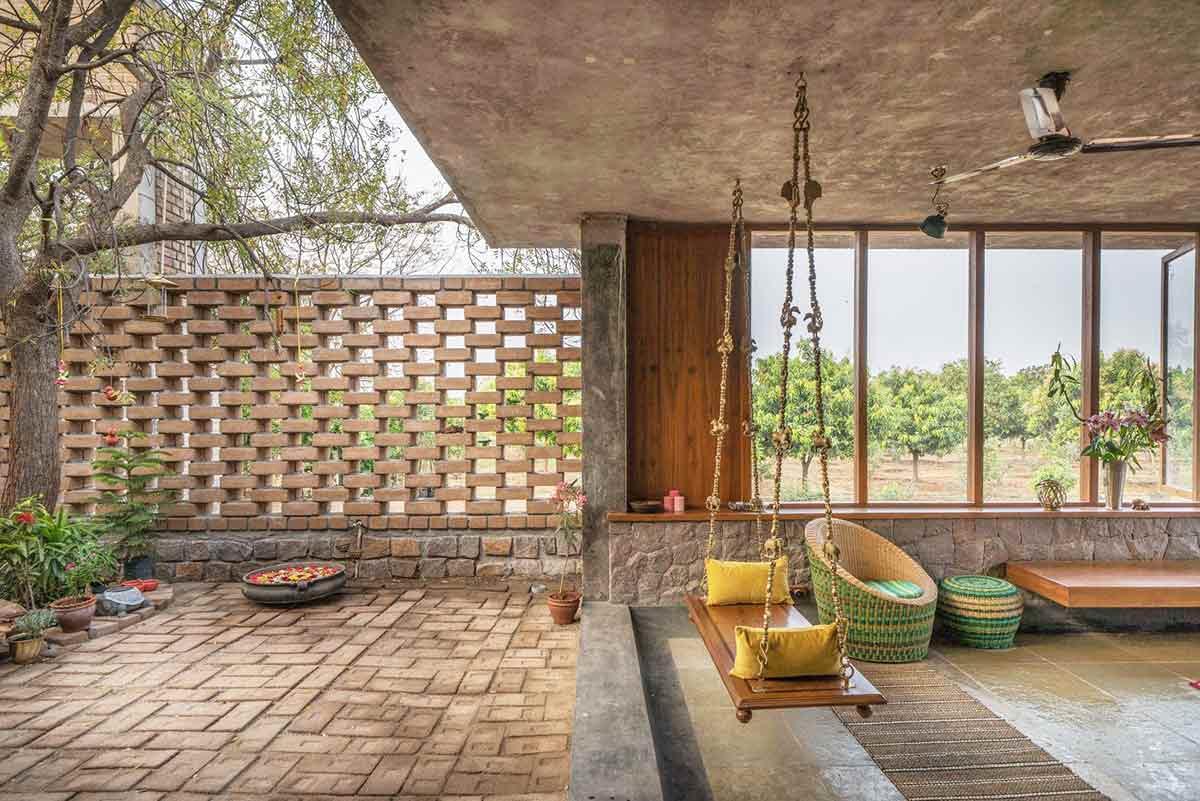 Desain Unik Rumah Terbuka yang Menyatu dengan Alam | Foto artikel Arsitag