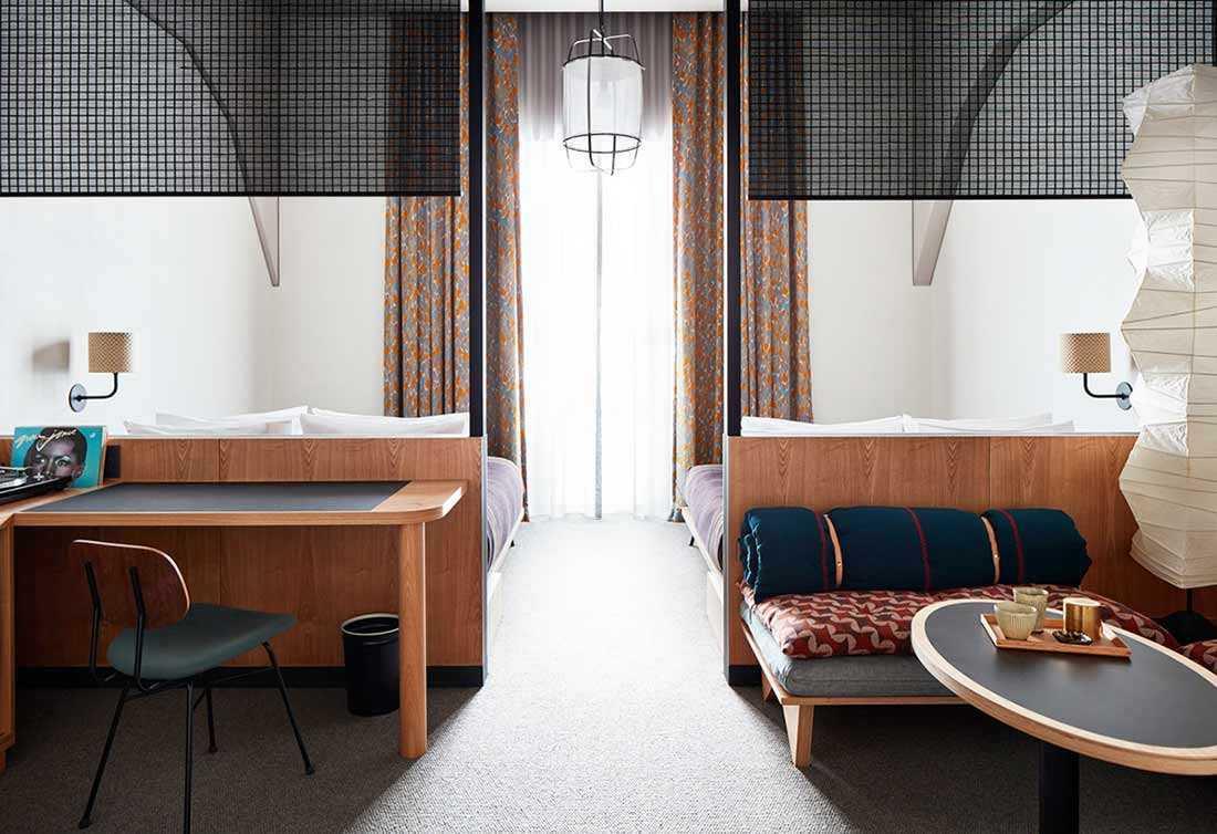 Desain kamar tidur hotel karya Kengo Kuma, via design-milk.com