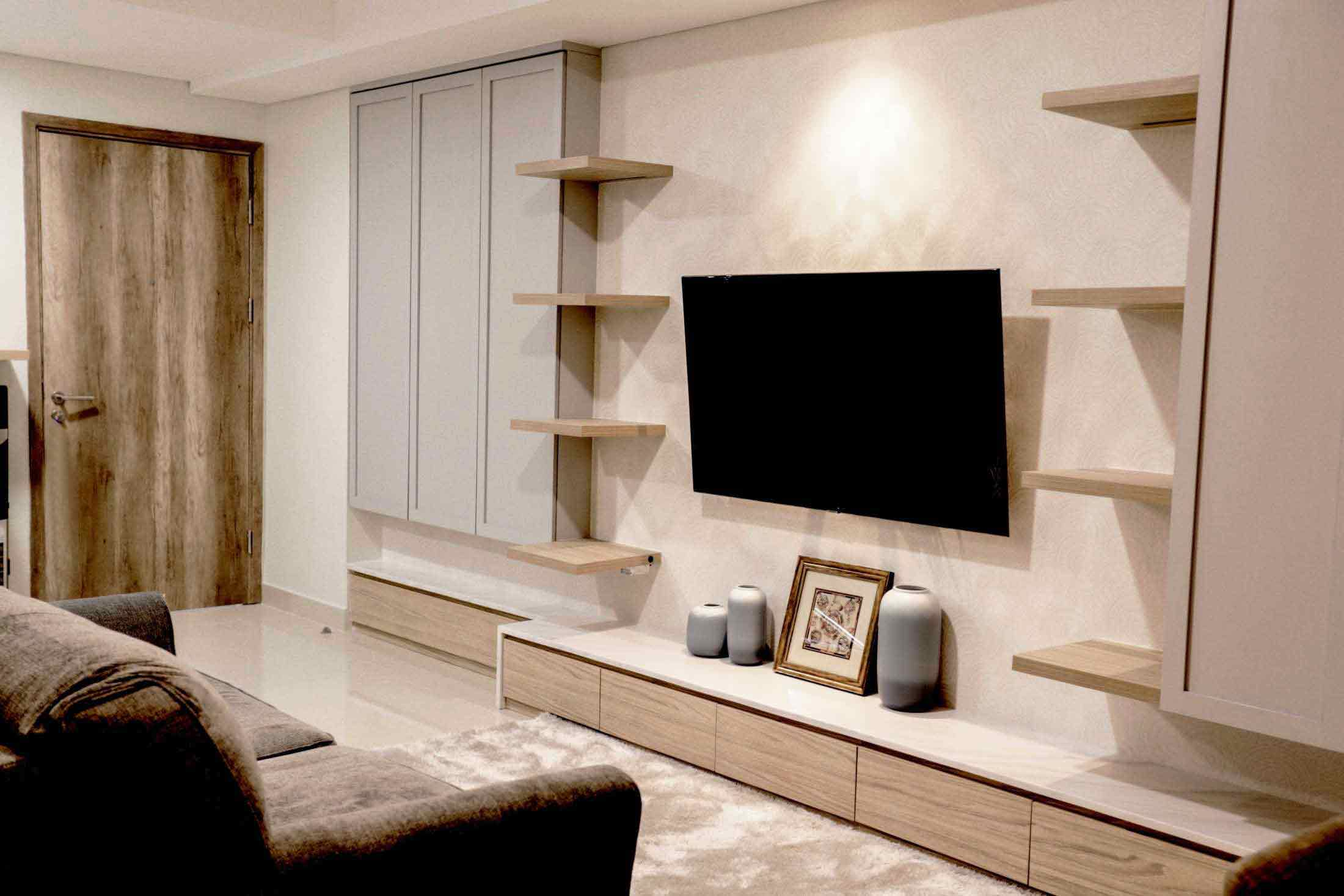 Paduan Elemen Kayu dan Warna Serba Putih untuk Interior Apartemen yang Elegan | Foto artikel Arsitag
