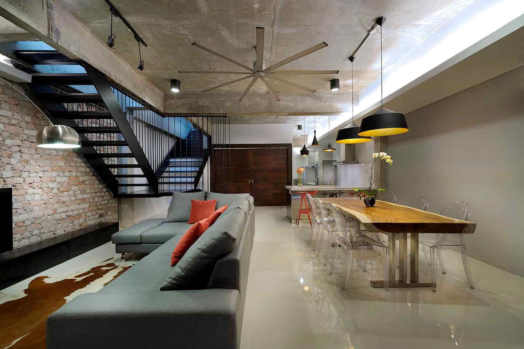 Tiga area yang menjadi satu dalam open floor space plan, karya PT Adf, via arsitag.com