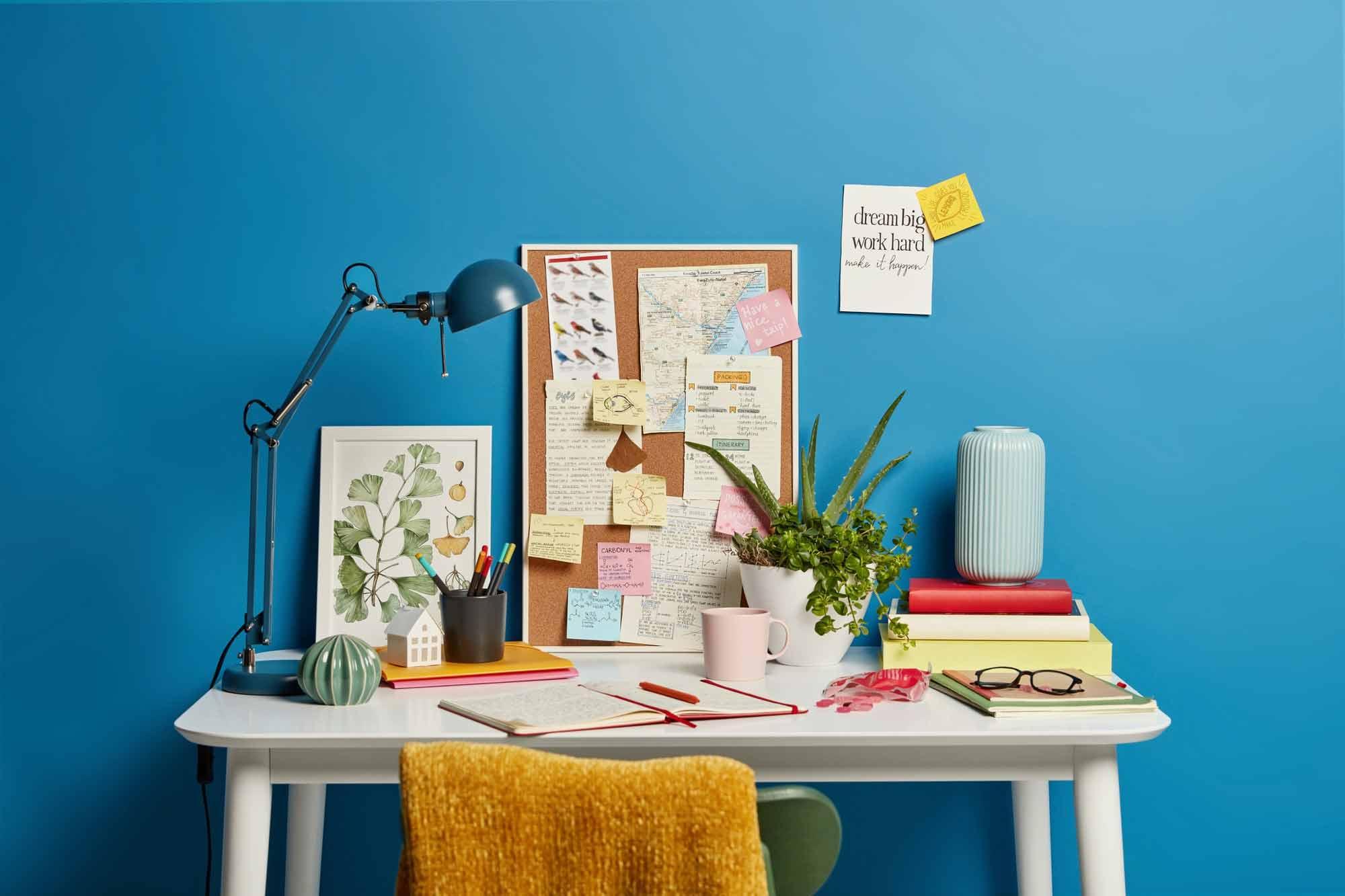 Inspirasi Desain Meja Komputer di Rumah untuk Work From Home Super Produktif   Foto artikel Arsitag