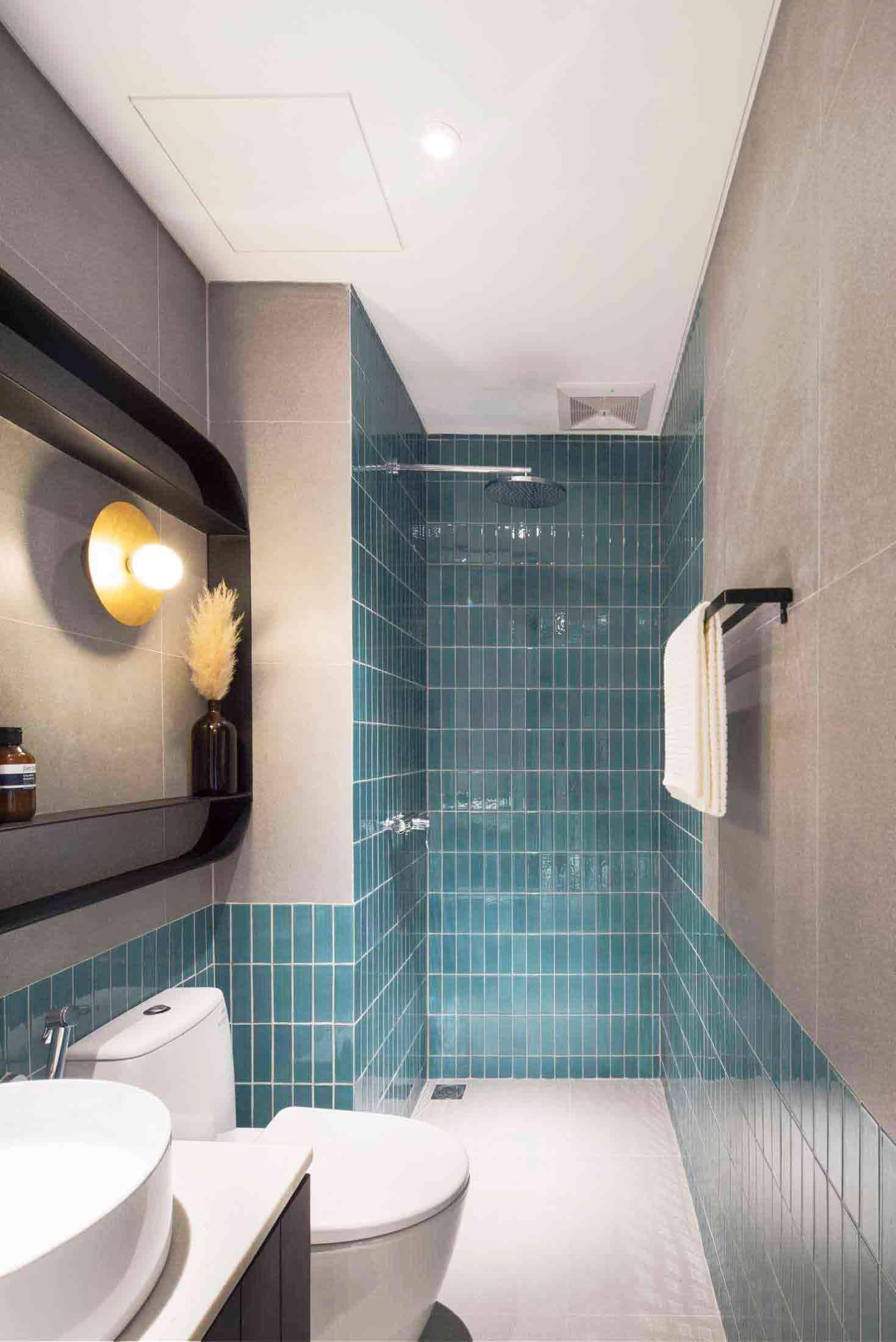 Kamar mandi mungil dengan suasana yang segar, karya Helloembryo, via Arsitag.com